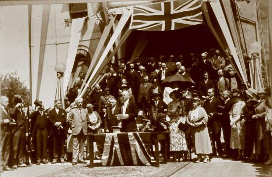 Brant-War-Memorial Brantford WWI history