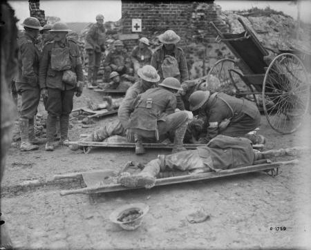 WWI - Dressing the Wounded at Hill 70